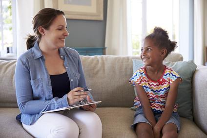 Une « infirmière navigatrice » auprès des enfants dont un parent est malade psychique