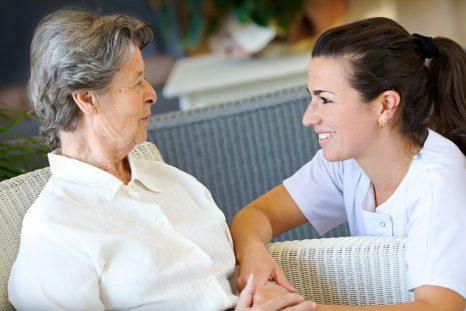 La FHF veut préserver « un accompagenement de qualité » des aînés