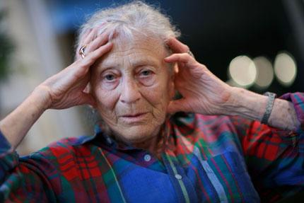Schizophrénie et patient âgé : il est possible de réduire les antipsychotiques