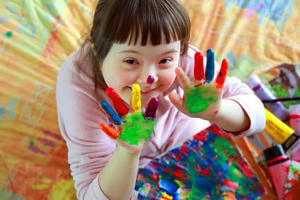 Le Défenseur des droits rappelle le droit aux loisirs des enfants handicapés