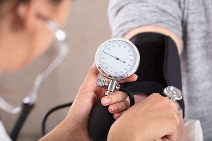 Hypertension à 50 ans et demence