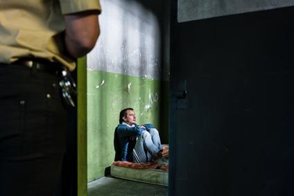 Les soignants en prison dénoncent les décompensations psy liées à la surpopulation