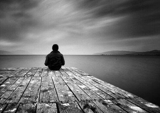 L'isolement : un cumul de difficultés socioéconomiques et de mal-être
