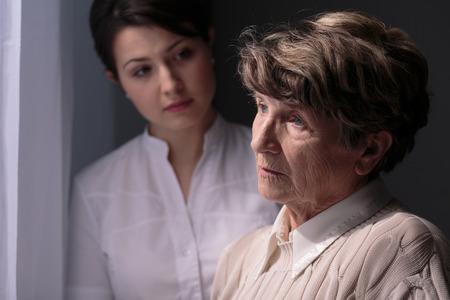 Aidant & Ève, un site pour les proches aidants de malades Alzheimer