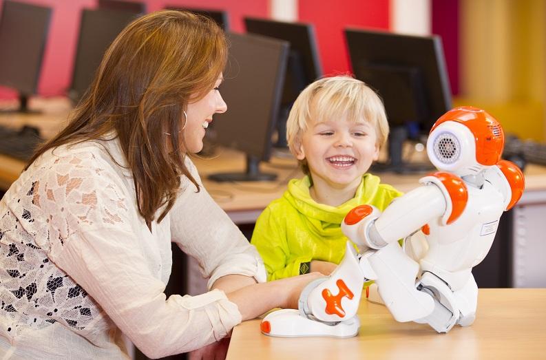 Des chercheurs en robotique développent des outils dans l'autisme de l'enfant