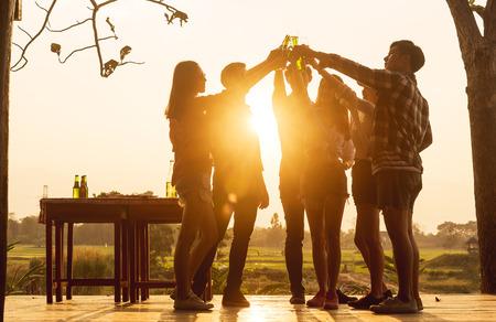 Alcool, tabac, cannabis : les usage des ados français restent au-dessus des moyennes européennes
