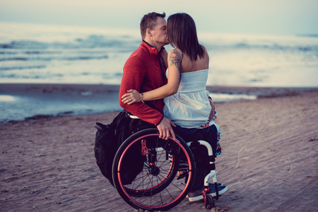 Opposition du HCE à la proposition d'aidants sexuels pour les personnes handicapées