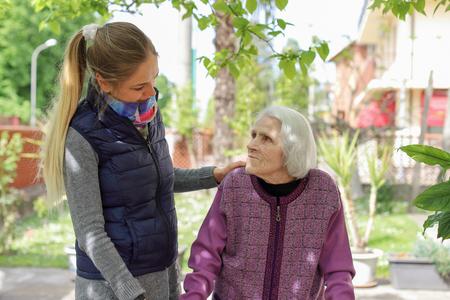 10 000 services civiques ouverts auprès des personnes en situation d'isolement social ou de vulnérabilité