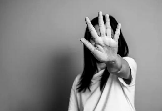 Etude : les jeunes médecins exposés au harcèlement sexuel